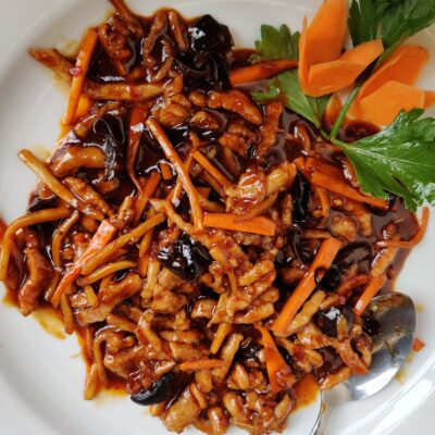 Stir-Fried Shredded Pork in Sweet and Spicy Sauce